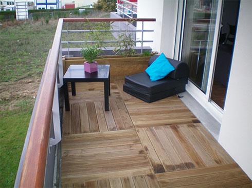 dalles de terrasse viva le bois. Black Bedroom Furniture Sets. Home Design Ideas