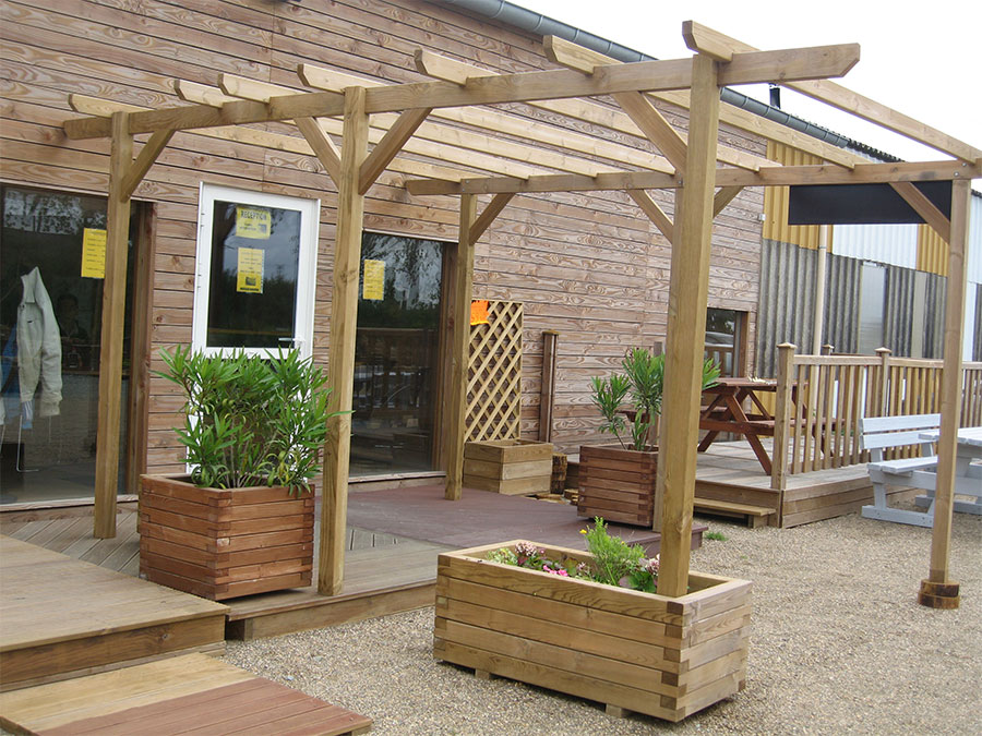 pergola en bois en kit. Black Bedroom Furniture Sets. Home Design Ideas