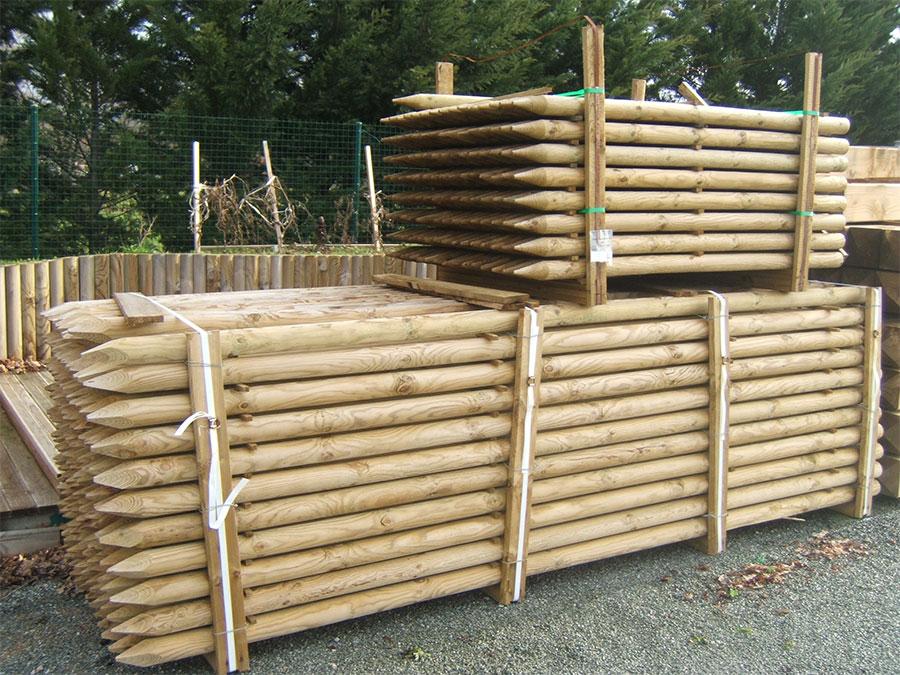 Rondins et demi rondins viva le bois for Pergola en rondin de bois